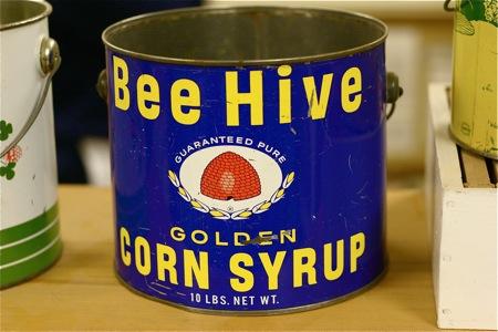 vintage-honey-bucket