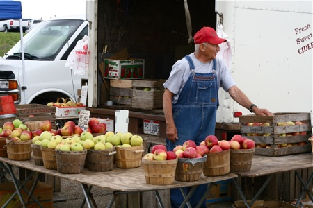 mr-vincent-selling-apples