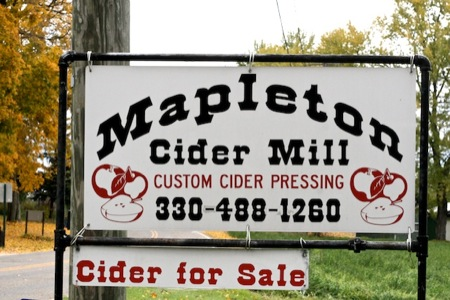 mapleton_cider_mill_sign