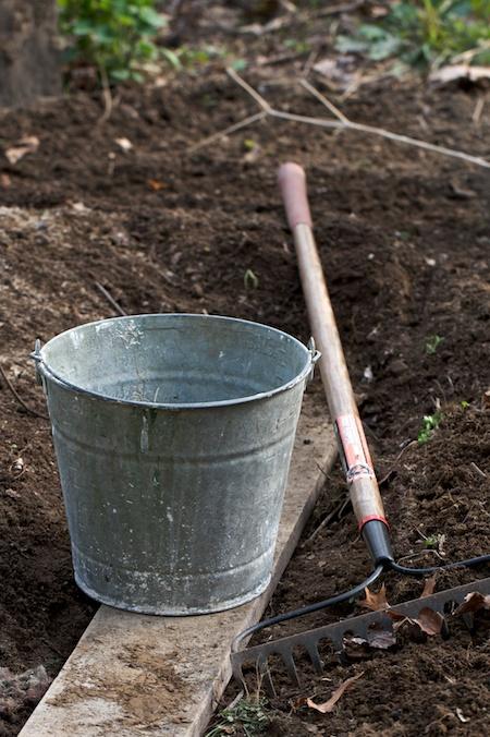 bucket_and_rake