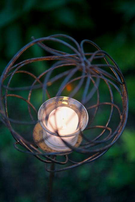 mclaughlin garden illuminated 3