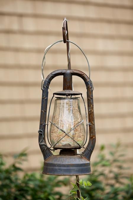 solar lantern 1