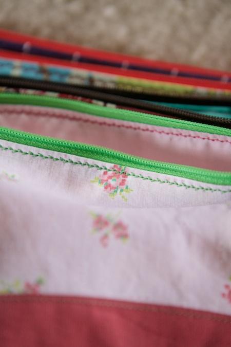 zipper pouches 1