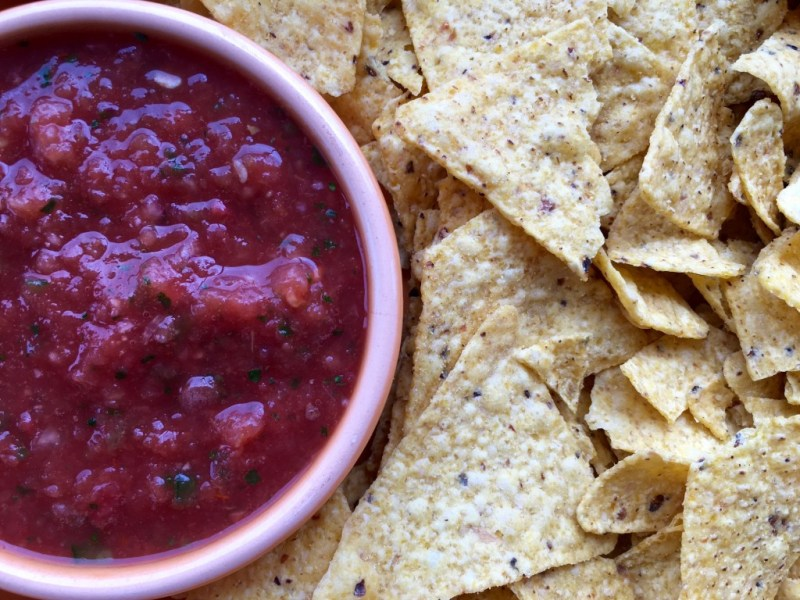 Easy Restaurant Style Salsa - Cooking Up Happiness