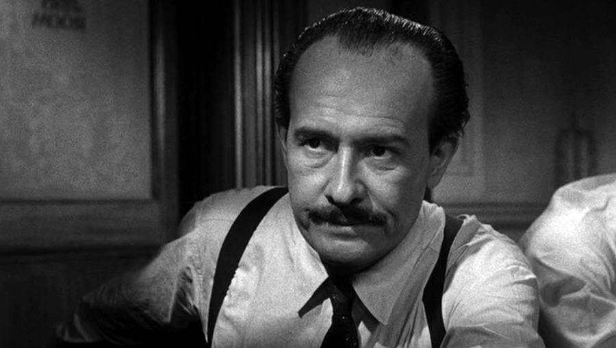 who is the protagonist in 12 angry men