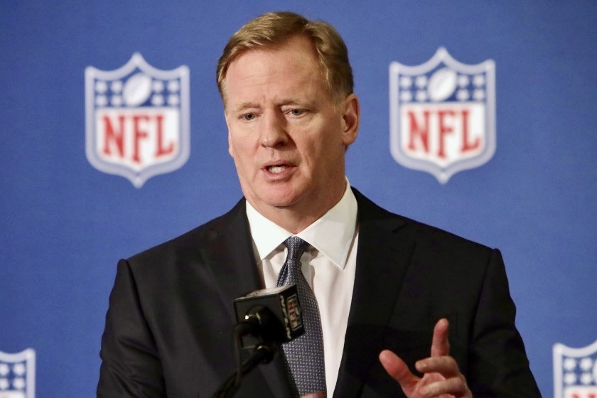 Photo of Goodell: 'Black Lives Matter' … Ohio approves PGA fans, Texas increases capacity … 'Canseco for president' … Oklahoma St. men's basketball sanctioned
