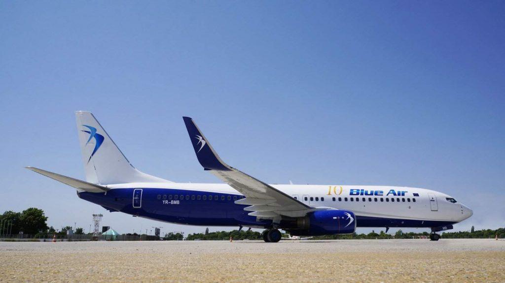 blue-air-boeing-737-800