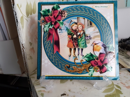 Vintage Christmas Children And A Robin CUP82300042863