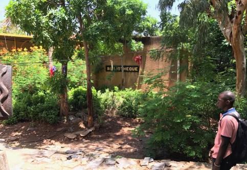 mali-school-library