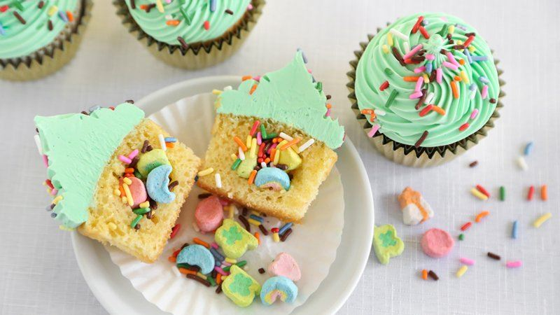 High-Heeled Love: St. Patrick's Day Food: St. Paddy's Day Cupcakes from Betty Crocker