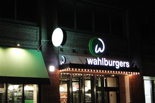 Wahlburgers Gives Viewers Inside Look At What Boston Is All About