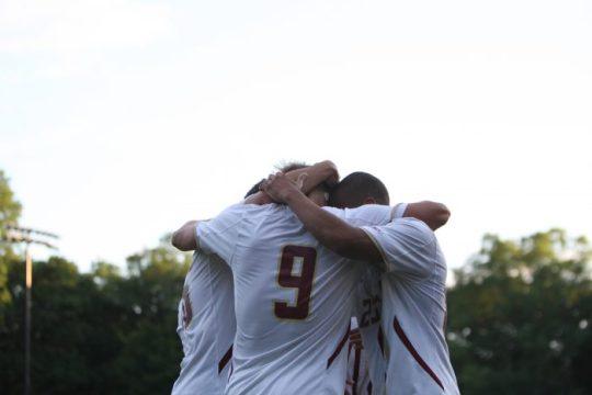 No. 11 Men's Soccer Struggles to Take Down Hofstra