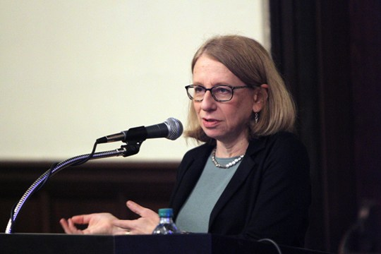'Caffeinated Frenzy:' Roz Chast Discusses Career as Cartoonist