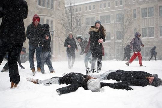 Winter Storm Niko Causes University to Close, Students Celebrate