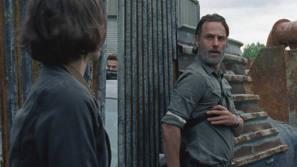 'The Walking Dead' Midseason Finale Revitalizes Series
