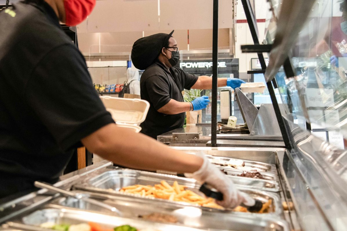 Nicole Vagra BC Essential Workers Dining-5 (1) (1)