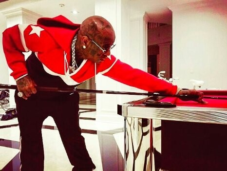 Lil Wayne Claims Universal Teamed Up With Birdman To Screw Him Out Of Money
