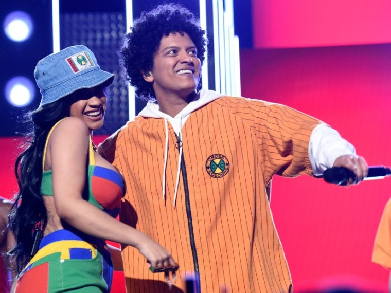 "Bruno Mars Announces 24K Magic Tour With ""Lil Sis"" Cardi B"