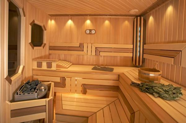 52 Sauna Ideas and Designs (Interior & Exterior Photos)