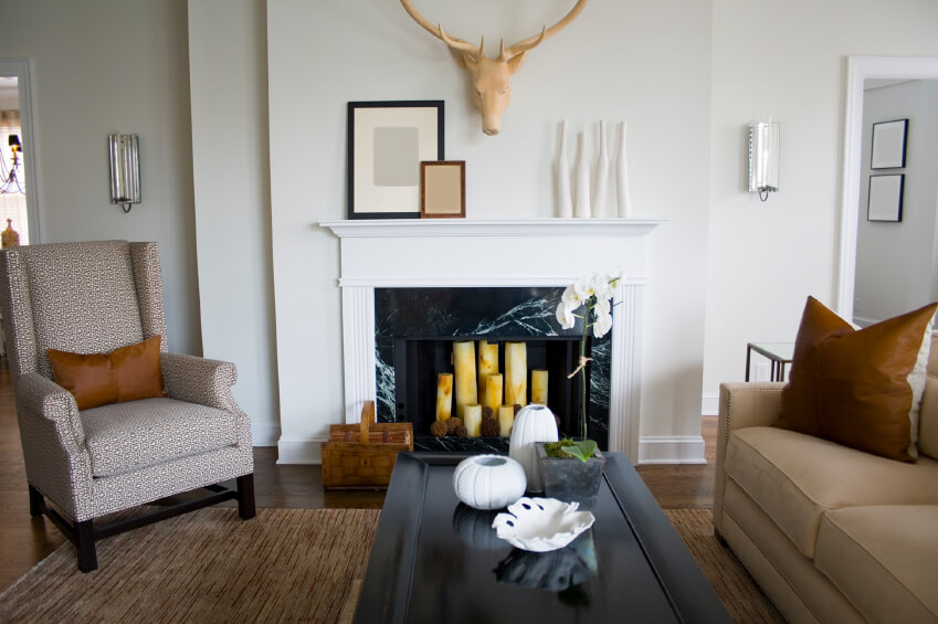44 Amazing Small Living Room Ideas (Photos) on Small Space Small Living Room With Fireplace  id=55234
