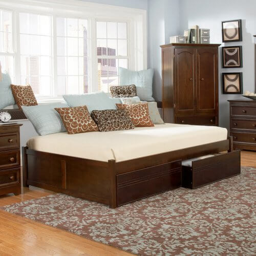 25 Incredible Queen-Sized Beds with Storage Drawers Underneath