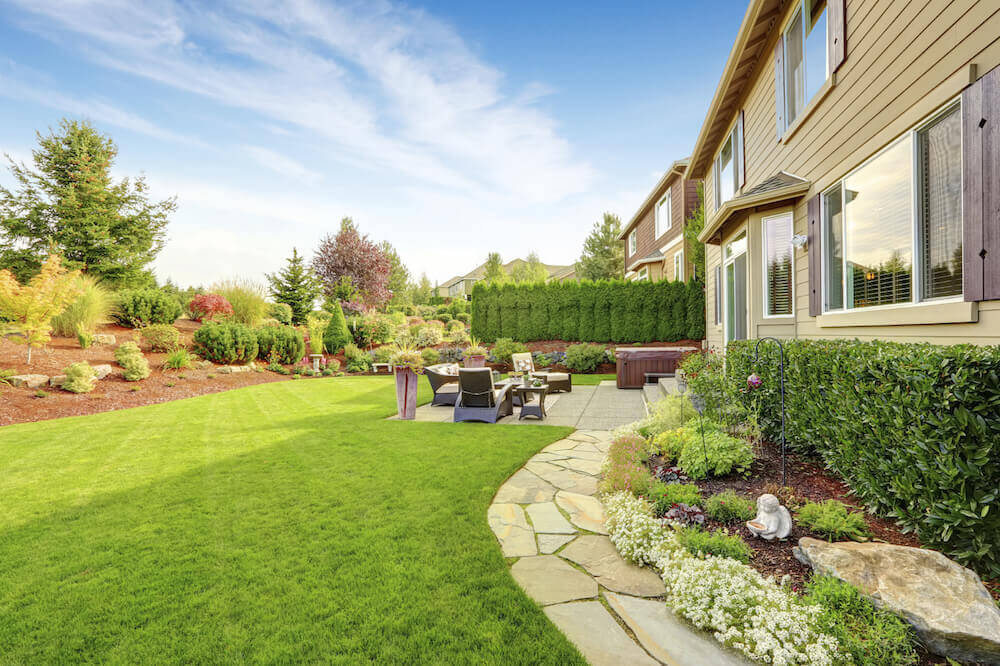 27 Amazing Backyard Astro Turf Ideas on Turf Backyard Ideas id=58315