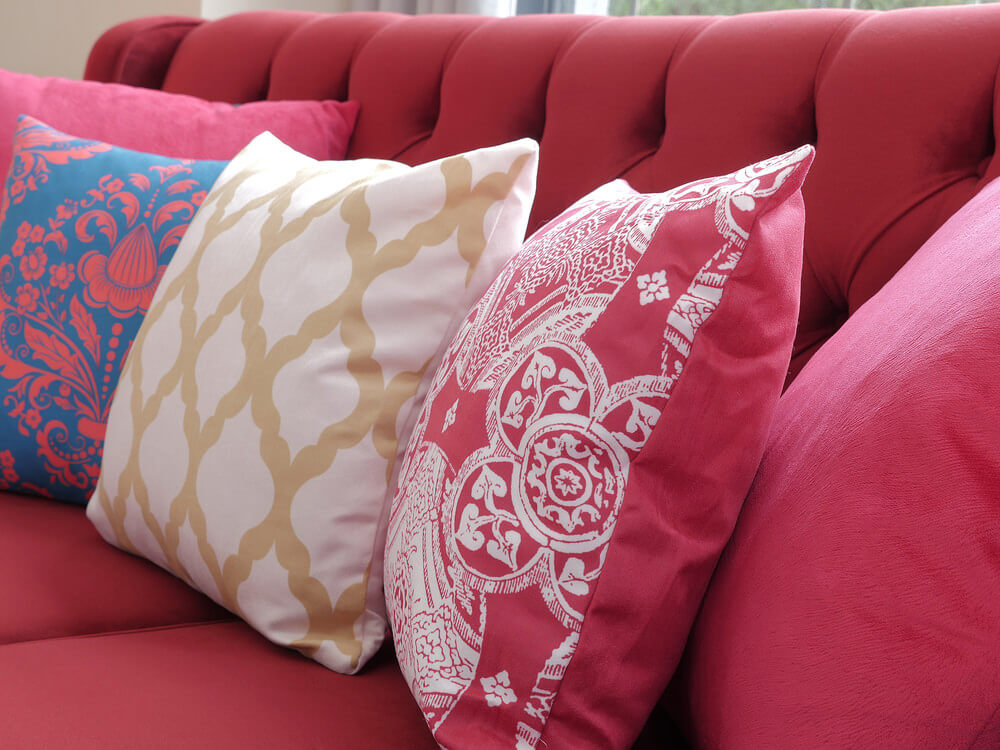 Many people who love this style of pillow can't fathom the thought of sleeping on anything else. 35 Sofa Throw Pillow Examples (Sofa Décor Guide)