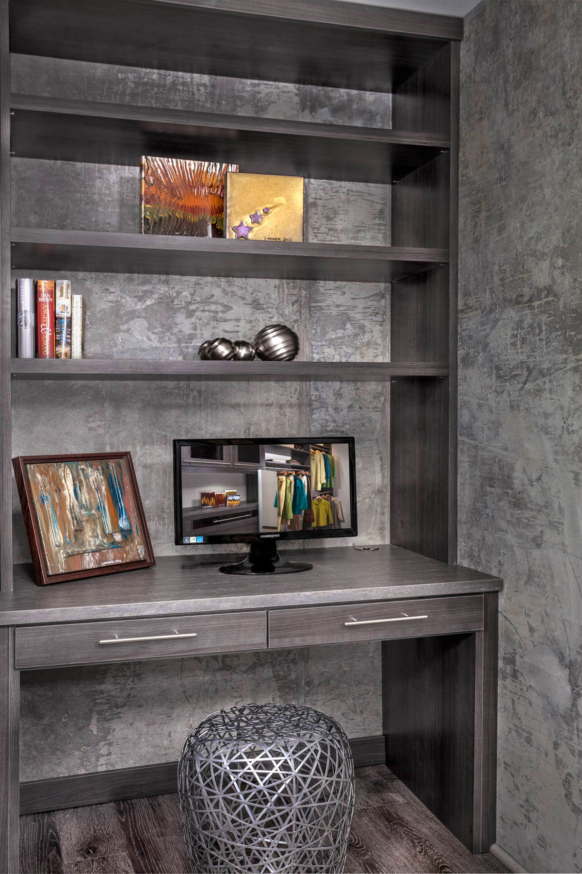 Contemporary Built-In Desk with Shelving
