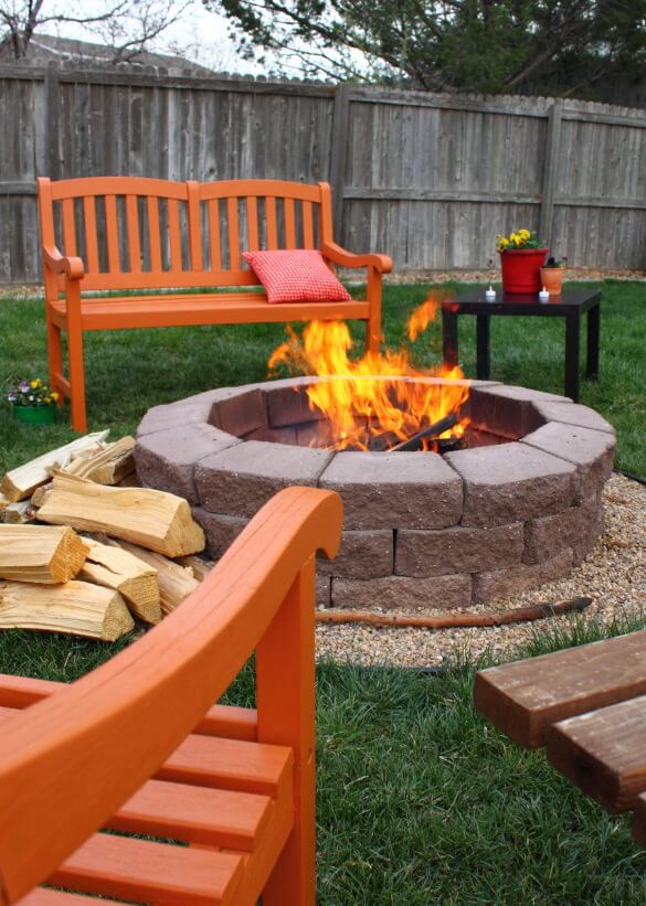 42 Backyard and Patio Fire Pit Ideas on Backyard Patio Designs With Fire Pit  id=94770