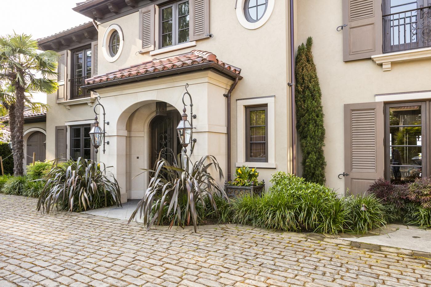 outdoor patios seattle patio driveway paving stonework
