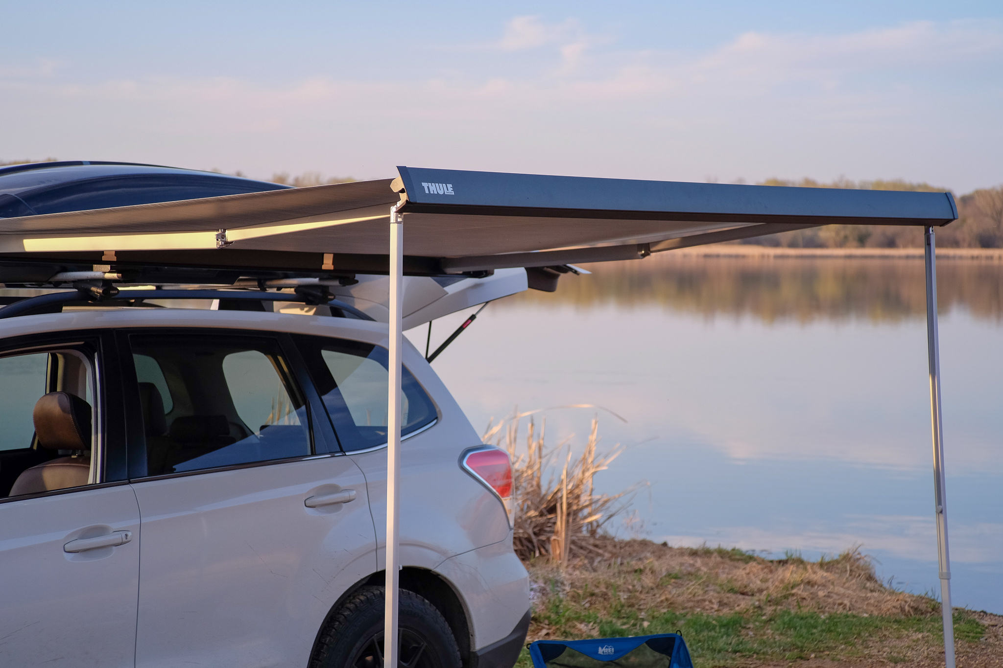 Vehicle Roof Rack Awnings