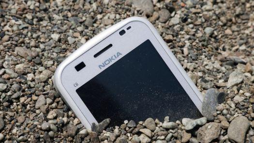 Nokia (NOK) Stock Falls -4.71%: How Does it Score ...