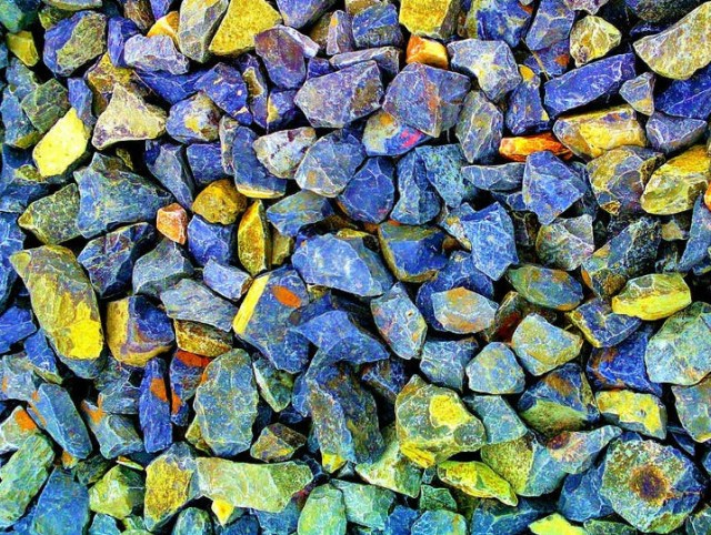 Expressive stones