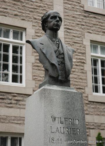Sir Wilfrid Laurier, Alfred Laliberté, l'Assomption, Québec