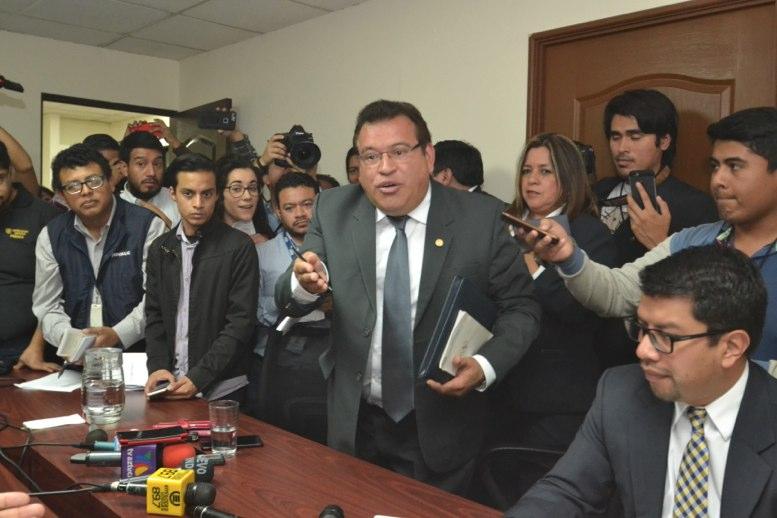 Caso Morales evidencia una añeja y mala práctica en la Presidencia