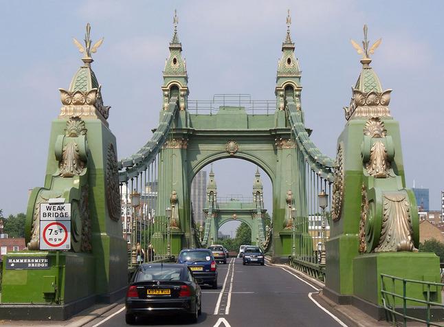 hammersmith bridge london ile ilgili görsel sonucu