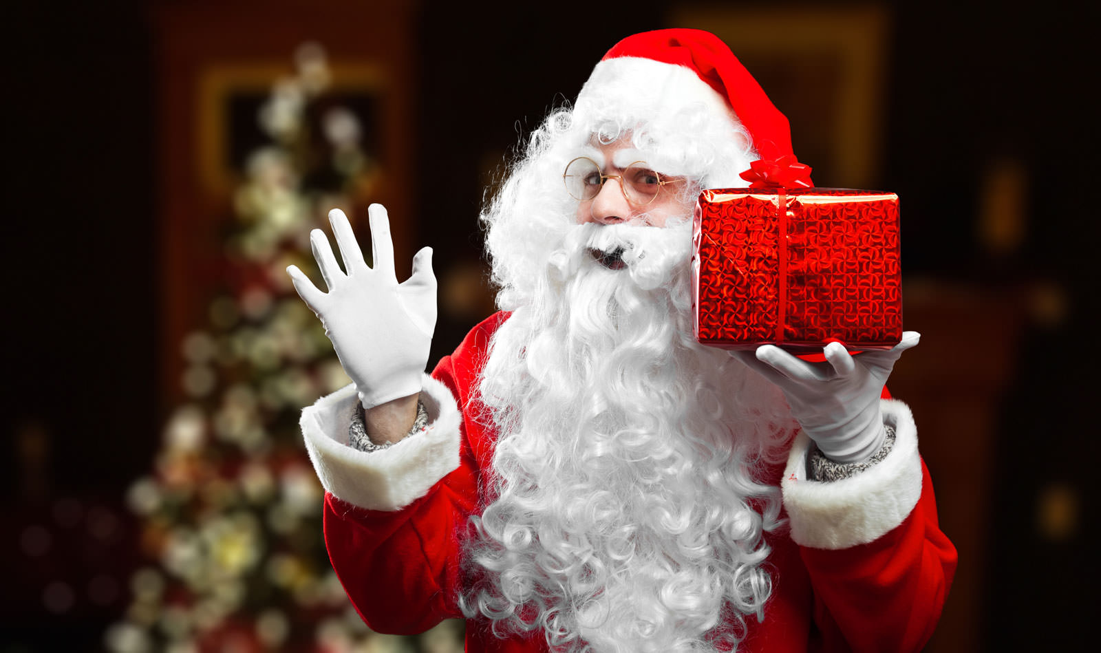 Christian Parents Should NOT Use Santa to Get Good Deeds