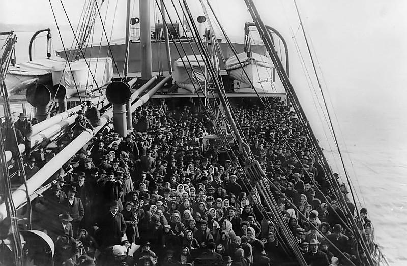 Ellis Island passengers