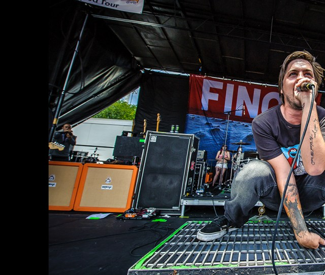 Finch Live At Warped Tour Photo Galleries One Nation Music Tour News Live Nation