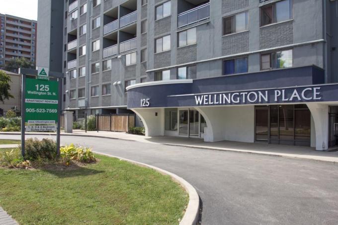 125 Wellington St North