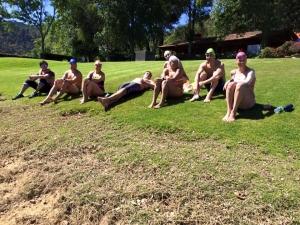 "Compartiendo un ""picnic"" a la orilla del lago de Valle de de Bravo"