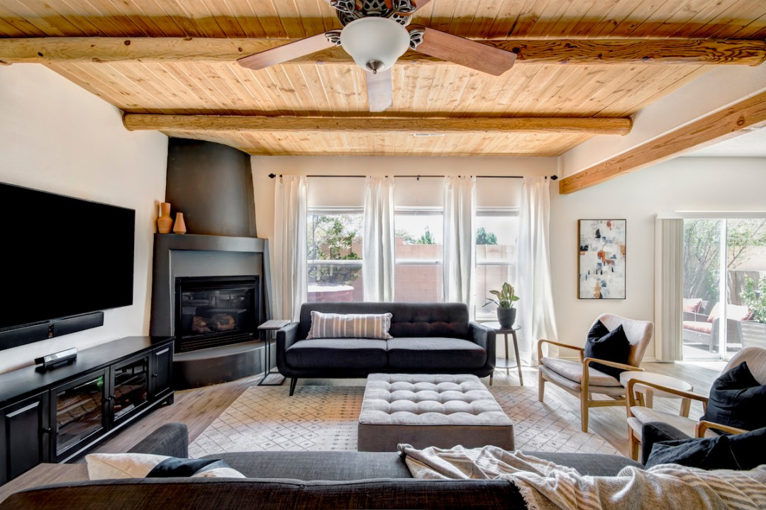 Terra-Bonita-Living-Room-2