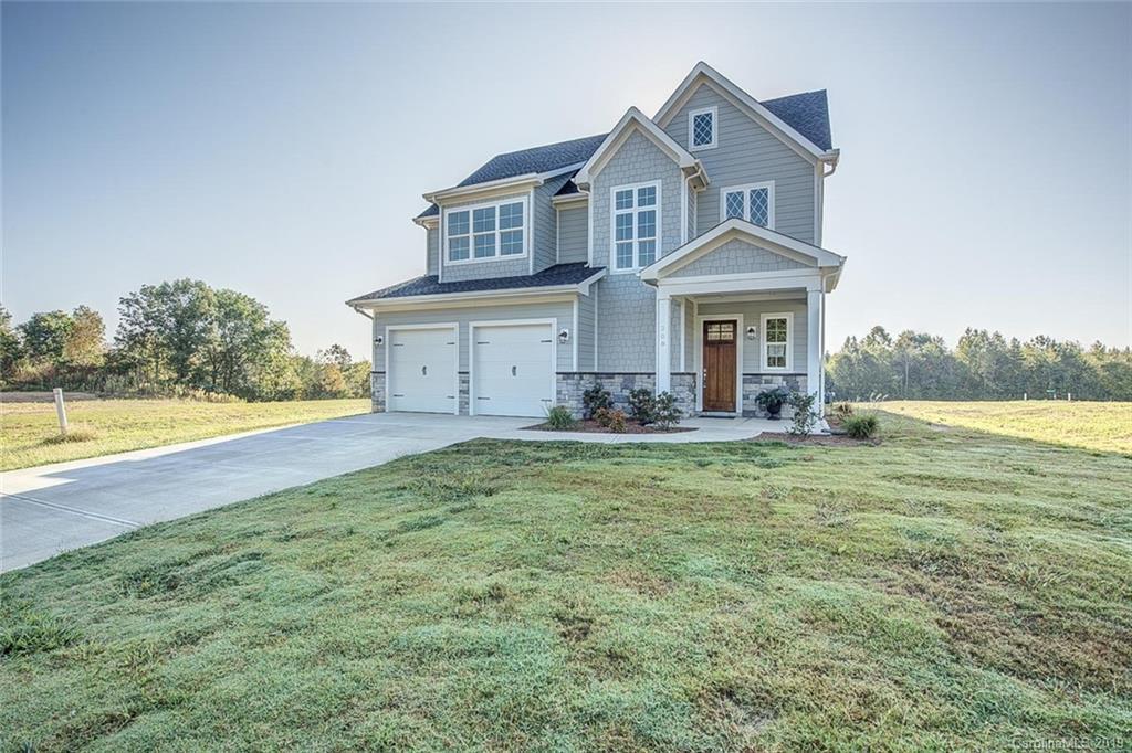 Property for sale at 208 Meyers Ridge Road, Cramerton,  North Carolina 28032