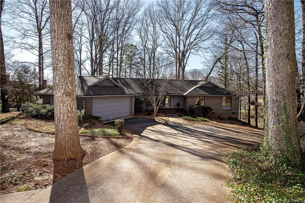 Property for sale at 5 Commodore Point Road, Lake Wylie,  South Carolina 29710