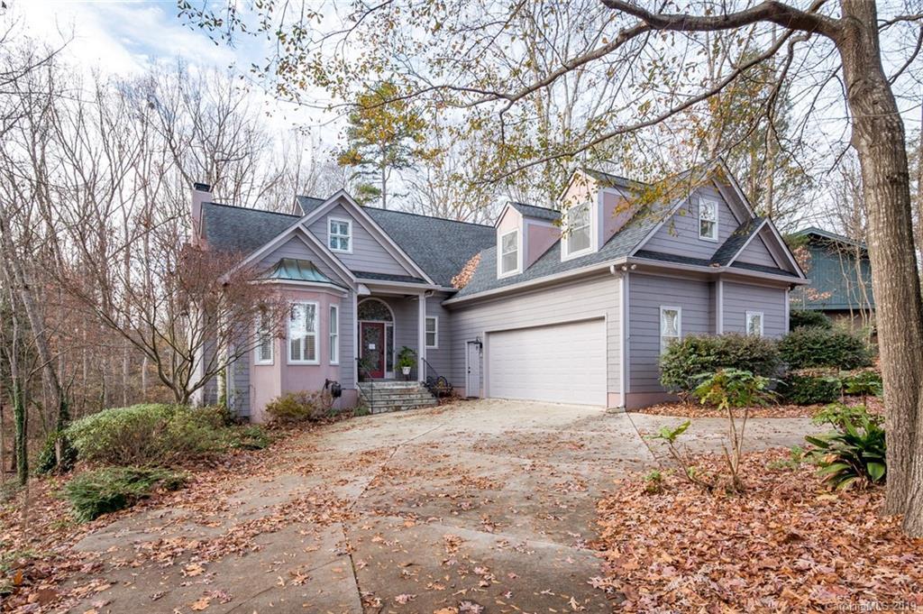 Property for sale at 8 Oakwood Lane, Lake Wylie,  South Carolina 29710