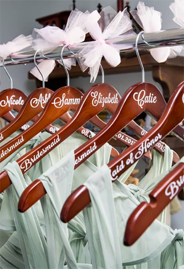 You see a lot of wedding dress hangers but not so many for the bridesmaids. I like these personalized bridesmaids hangers because you can get them in different woods and different color lettering. Really inexpensive but elegant looking bridesmaids gift. #MyOnlineWeddingHelp #WeddingHangers #BridesmaidsGifts #WeddingPartyGifts