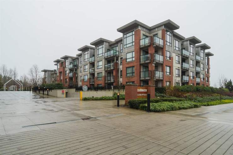 "Main Photo: 313 7058 14TH Avenue in Burnaby: Edmonds BE Condo for sale in ""RED BRICK"" (Burnaby East)  : MLS® # R2230644"
