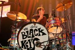 The Black Keys Live - Wells Fargo Center - Philadelphia, Pa - Steve Trager017