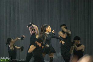 Ariana Grande-4