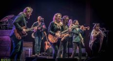 Tedeschi-Trucks-Red-Rocks-ME-28